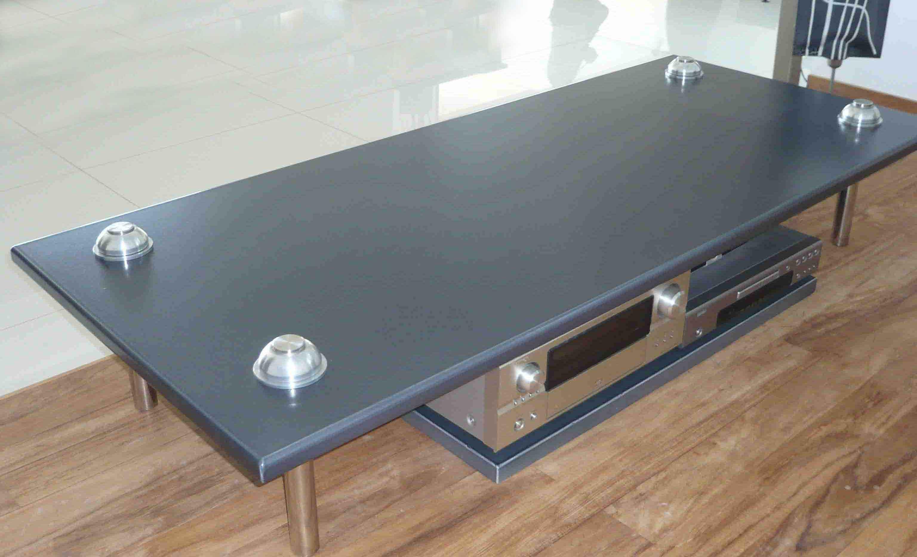 Table basse pierre de lave émaillée noir MAT pied INOX