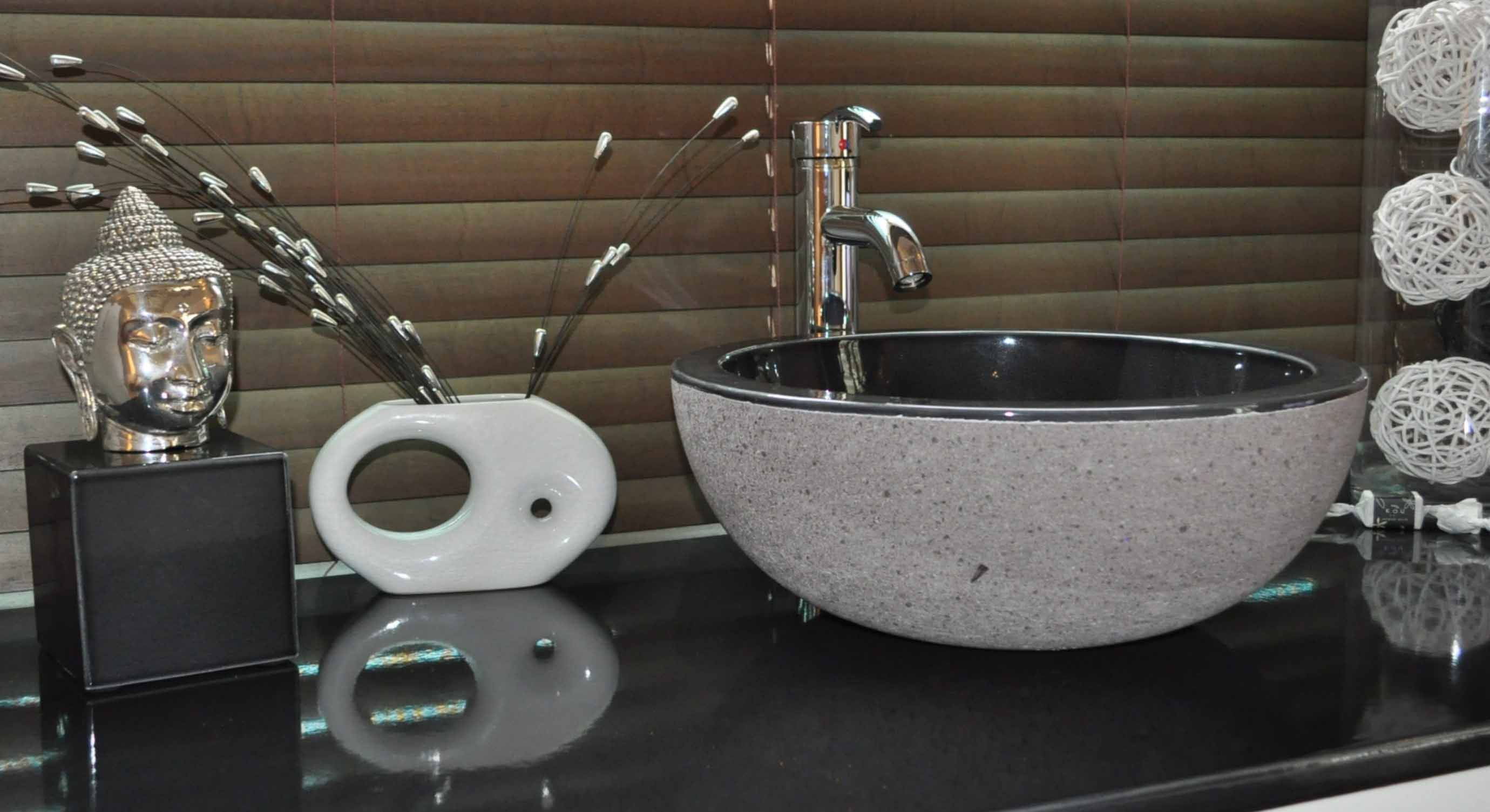 Set Meuble Noir-salle-de-bain-bois-teak-nature-couleur-lave-volcan-émaille-céramique-France-Luxe