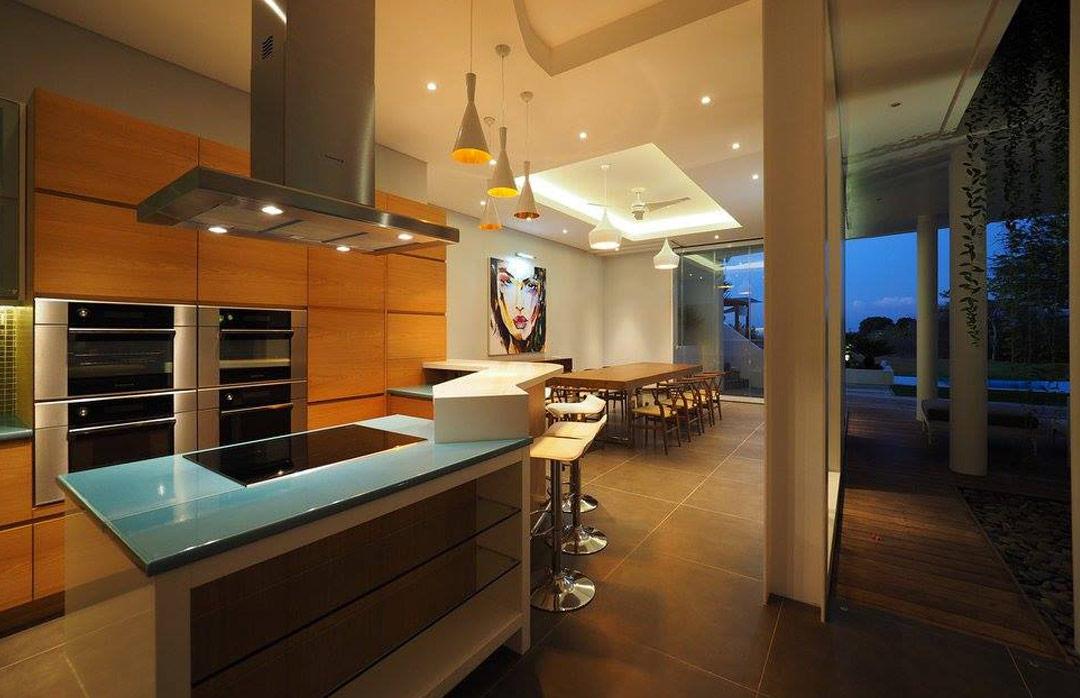 cuisines en pierre de lave maill e. Black Bedroom Furniture Sets. Home Design Ideas