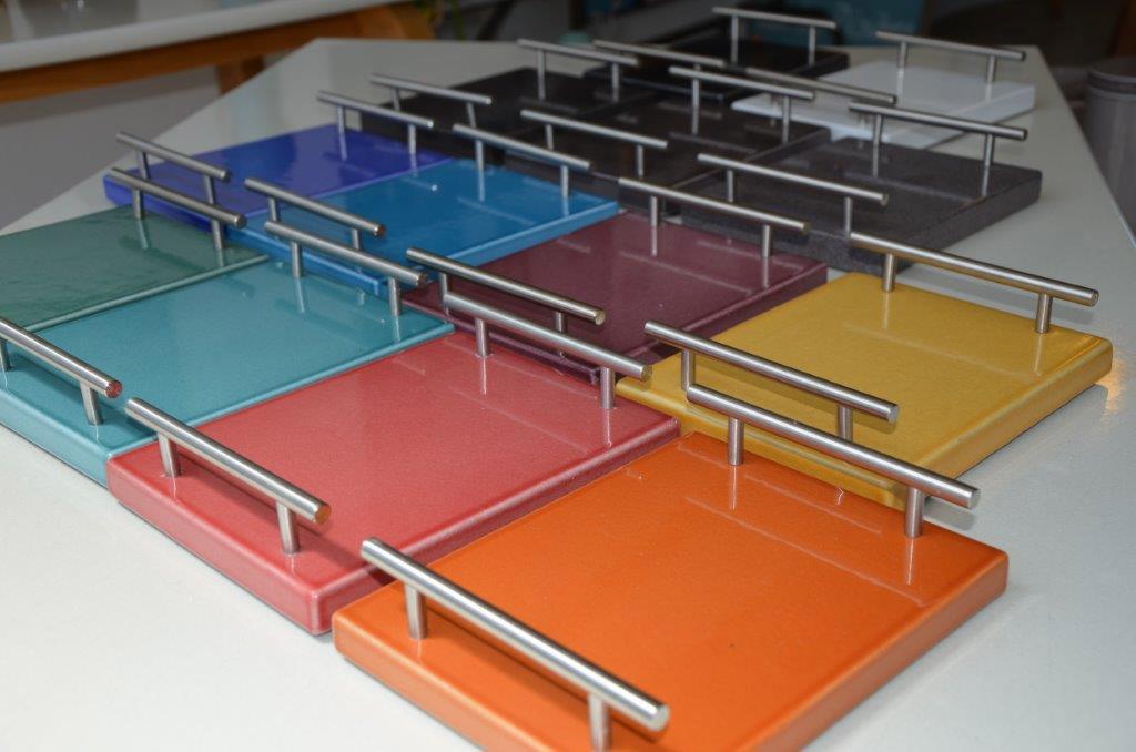 Plateaux décorations couleur lave émaillée