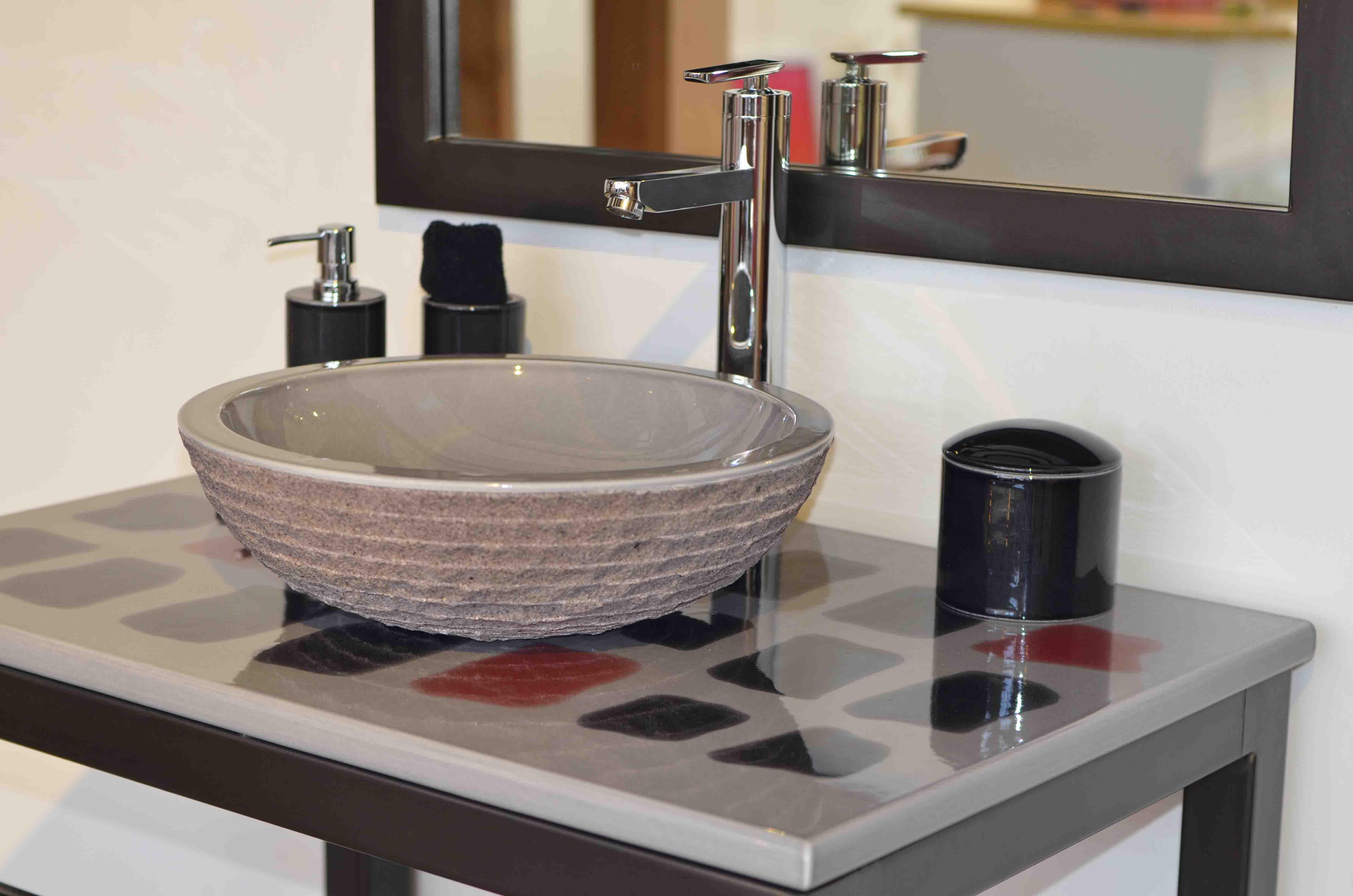 Design PIKA pierre de lave émaillée