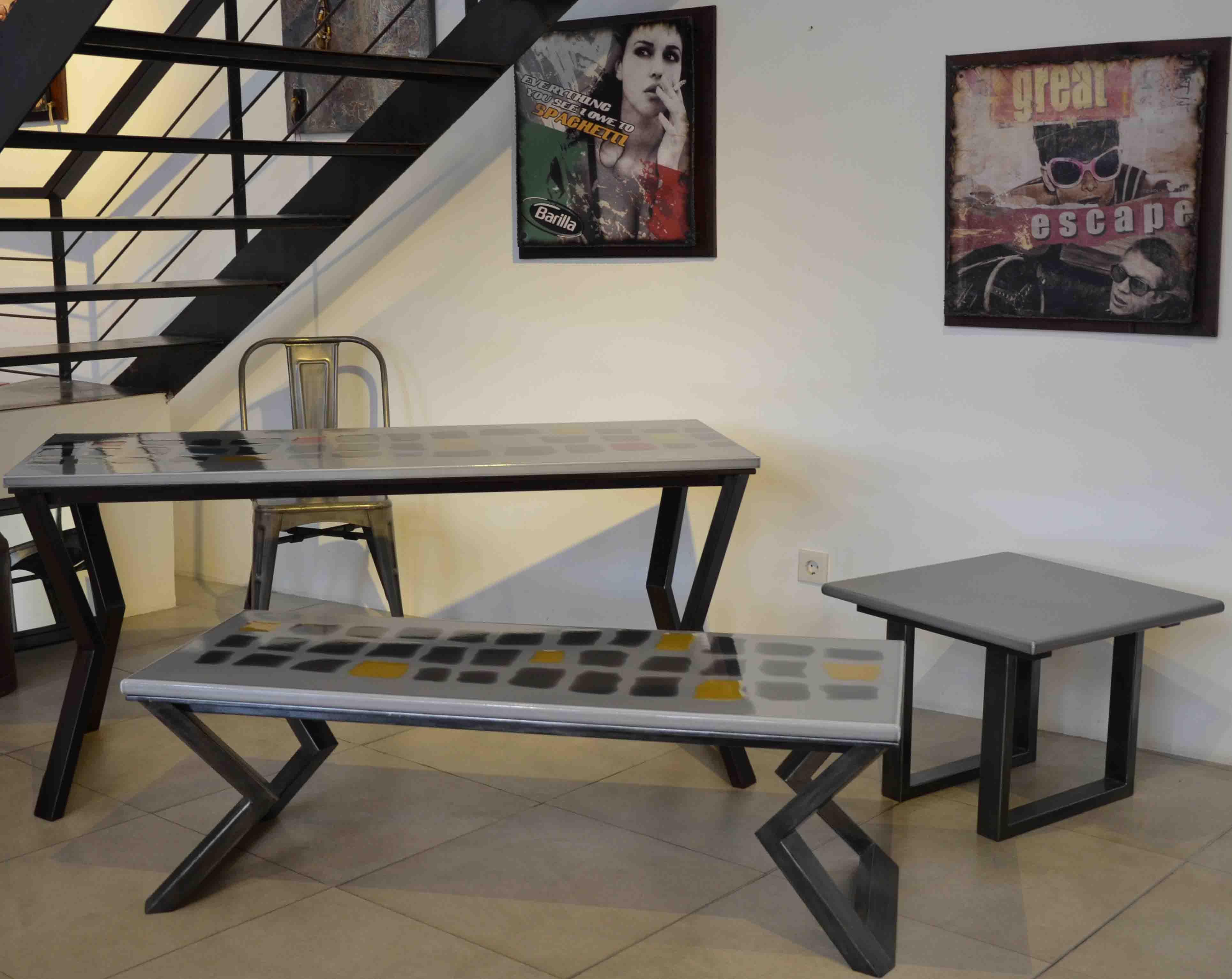 Ambiance table design pierre de lave émaillée