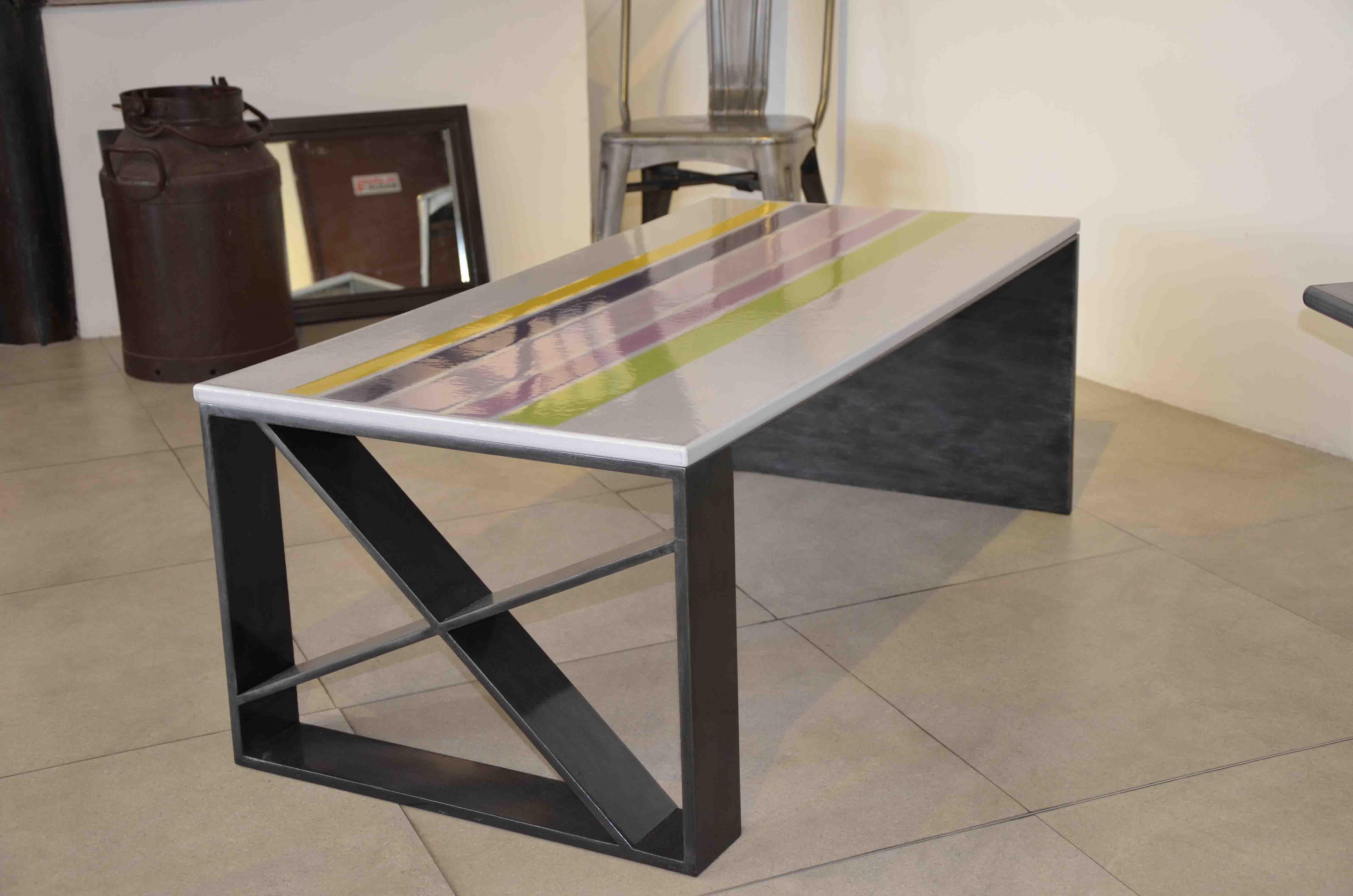 Coffe table lave émaillée rayure