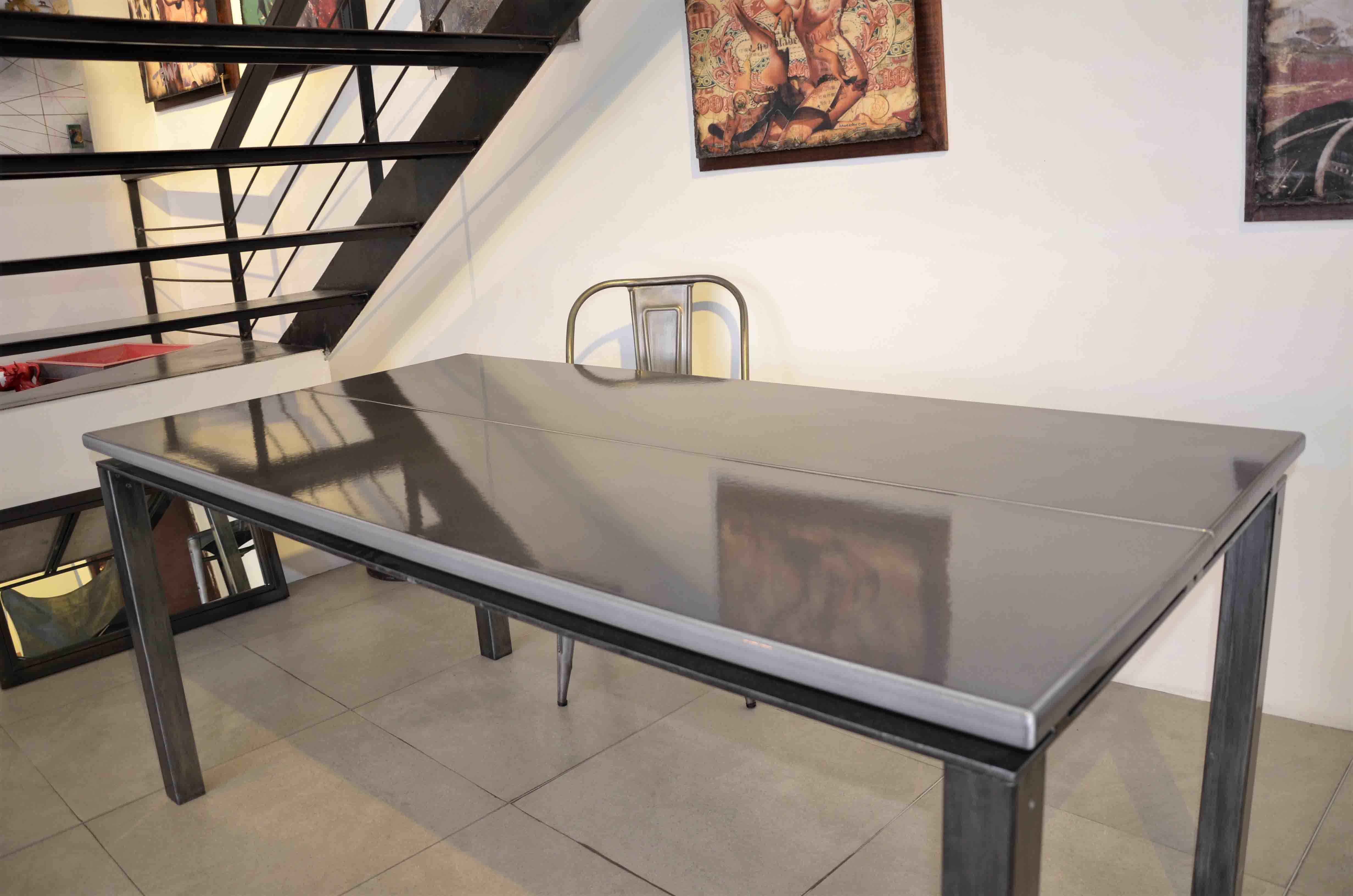 Table à manger pierre de lave émaillée grise