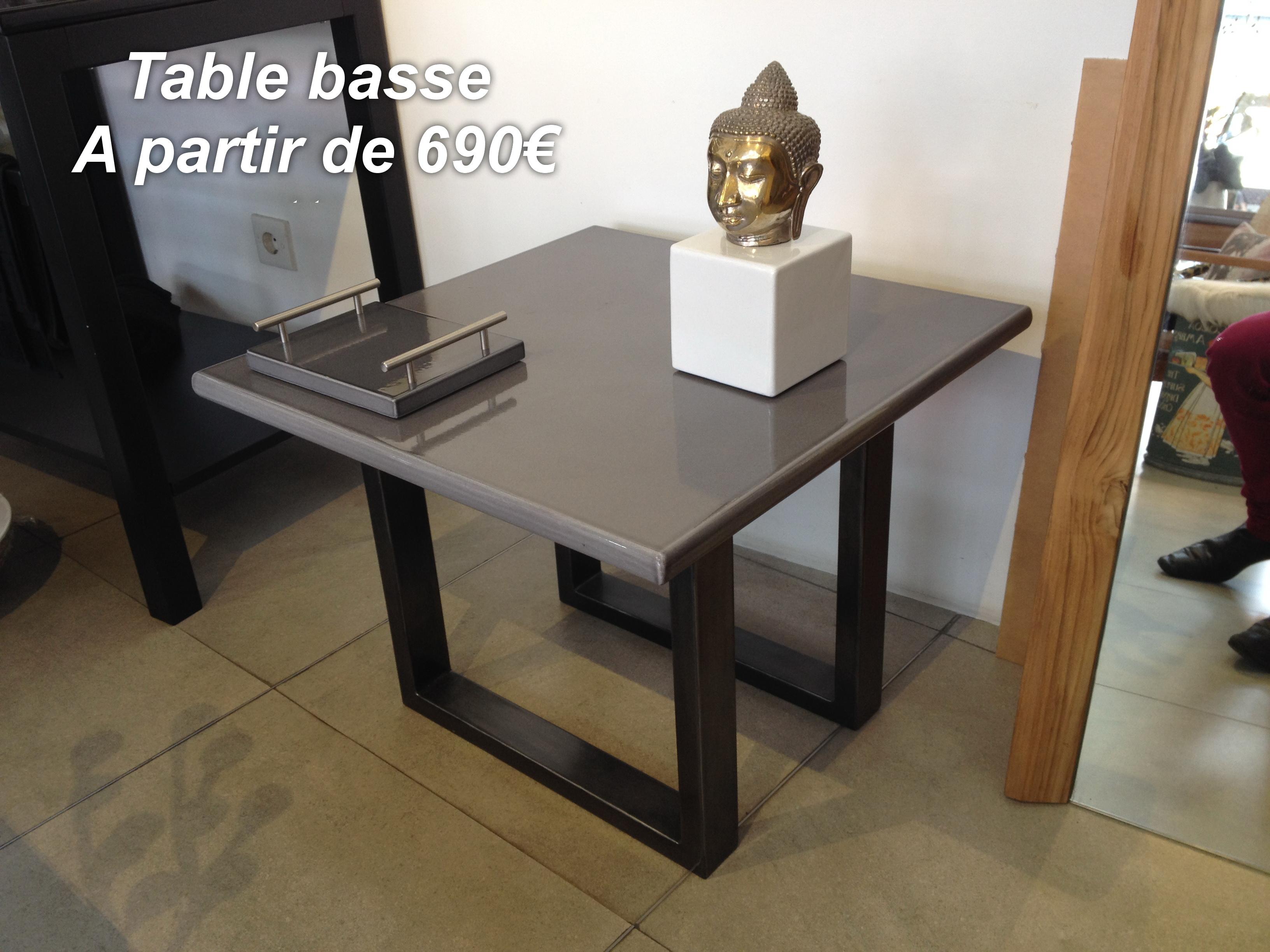 Petite table décoration en lave émaillée